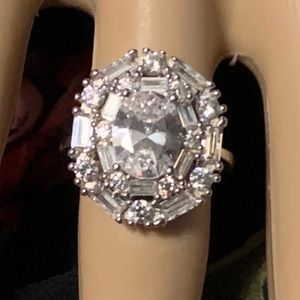 Jewelry - ** SOLD ** Cocktail Ring Bella Luce